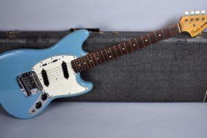 Fender ムスタングの特徴。現在入手可能なモデルを比較してみる。