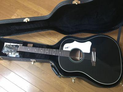 【レビュー】黒いアコギはカッコイイ!お気に入りのアコギ Gibson Custom Shop J-45