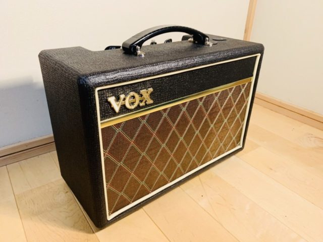 【レビュー】VOX Pathfinder 10は自宅でのギター練習に最適のアンプだ。