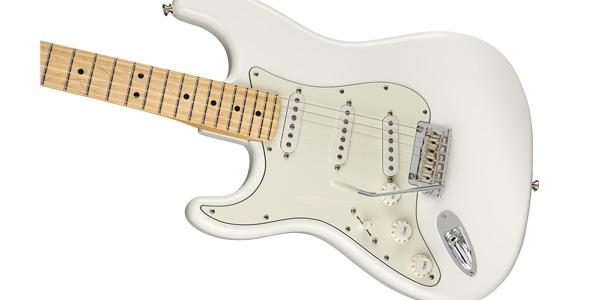 左利きの人は左利き用のギター?それとも右利き用のギターを買うのが正解?