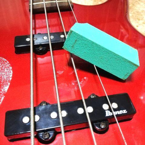【メンテナンス】ギターのピックアップのポールピースのサビを簡単に落とす方法を紹介するよ